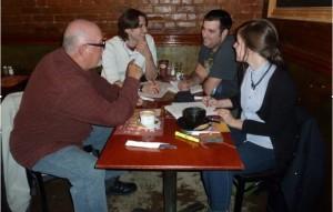 Roger Otis et notre équipe d'entrevue 21 avril 2013 Source : Élisabeth Meunier