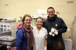 Notre guide Vanessa, Sara Bélanger et Christian Samson,  l'heureux gagnant de Batisse, cadeau de Sara.