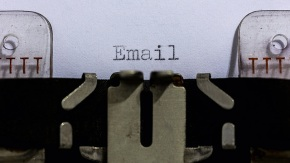 Critique du livre « SEND : the essential guide to email for office and home »