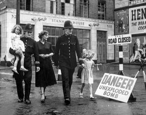 Les archives en temps de guerre au XXe siècle: Des fonctions et des concepts mis àmal