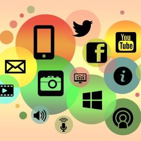 L'archiviste et les médias sociaux : communautés de pratiques et défis pour les institutions de mémoire relevant du secteurpublic