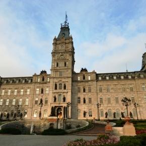 À la découverte des archives de la Bibliothèque de l'Assemblée nationale du Québec : Entretien avec Marise Falardeau et PierreSkilling